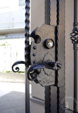親子門扉のハンドル